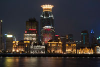 The bund on the night and the Huangpu river. The Bund promenade, Shanghai, China. China Shanghai Tourist Shanghai Skyline viewed over the Huangpu river from the Bund. Bin Jiang Avenue, The Bund, Shanghai, China. The highlights of the Bund are undoubtedly the colonial-era buildings lining the west side of Zhongshan Dong Yi Lu, standouts of which include the former British Consulate, Customs House, former Hong Kong and Shanghai Bank, former Shanghai Club (now the Waldorf Astoria Hotel), and the Peace Hotel. For more details on these buildings, many of which have been skillfully restored, and a more complete walking guide to this gallery of European architecture.