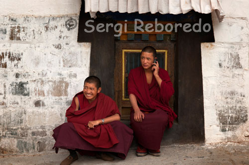 Monks inside the Tashilumpo Monastery, located in Shigatse, Tibet. The monastery also Tashilumpo one of several monasteries remain intact in the 1970's cultural revolution.
